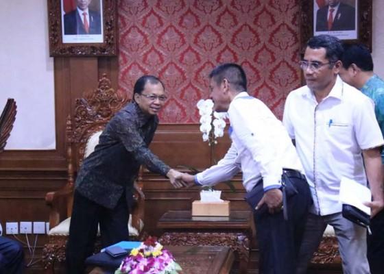Nusabali.com - gubernur-koster-godok-regulasi-perlindungan-sumber-air-dan-sungai