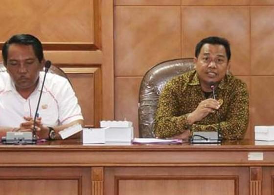 Nusabali.com - komisi-ii-panggil-eksekutif-terkait-akomodasi-wisata-khusus-gay
