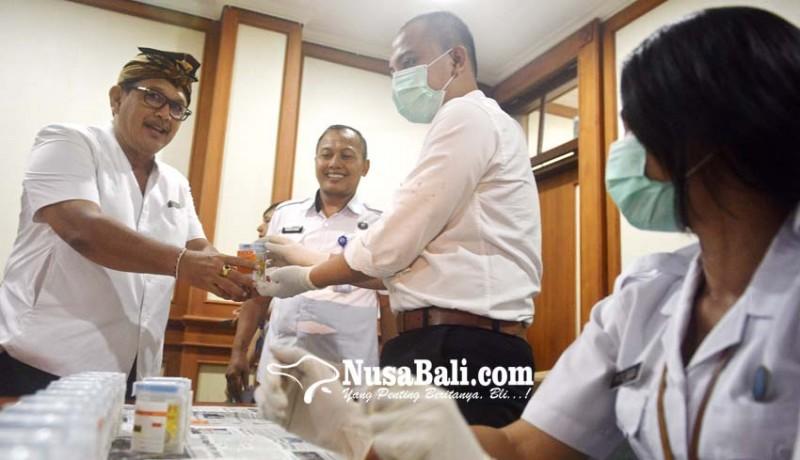 www.nusabali.com-anggota-dprd-denpasar-dites-urine