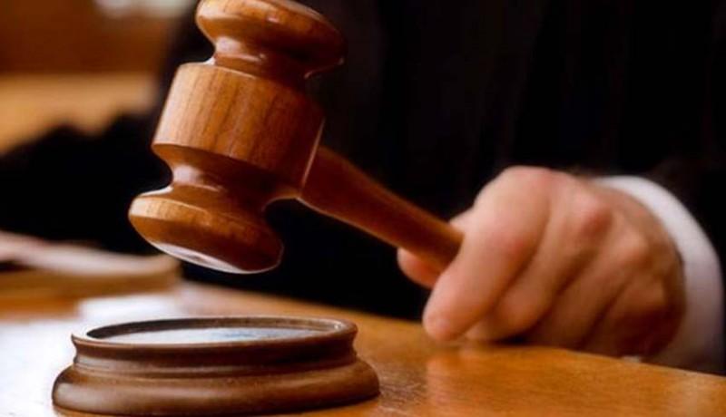 www.nusabali.com-divonis-13-tahun-terdakwa-protes-ke-hakim