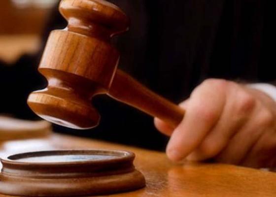 Nusabali.com - divonis-13-tahun-terdakwa-protes-ke-hakim