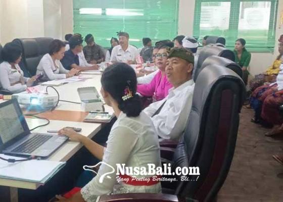 Nusabali.com - bayar-utang-pengungsi-tahap-i-rp-19-m