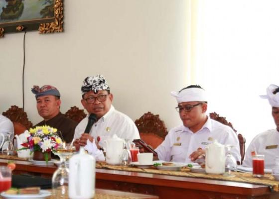 Nusabali.com - kurun-waktu-tiga-tahun-wisatawan-ke-ulundanu-naik