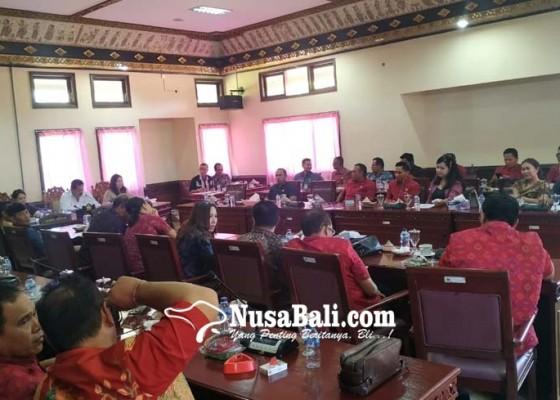Nusabali.com - 5-srikandi-pdip-dapat-jabatan-akd-di-tabanan