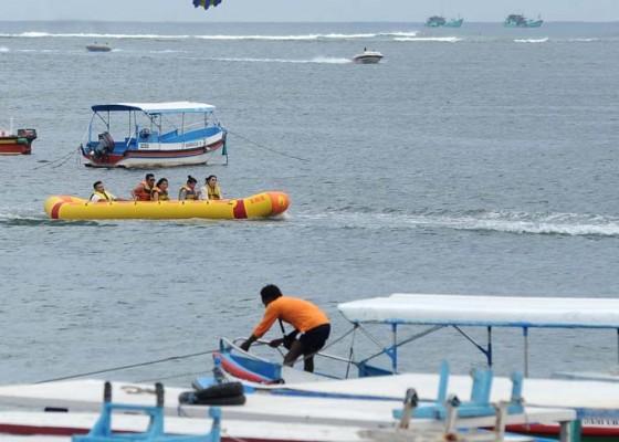 Nusabali.com - tekan-resiko-nelayan-diharapkan-lihat-kondisi-sebelum-berlayar