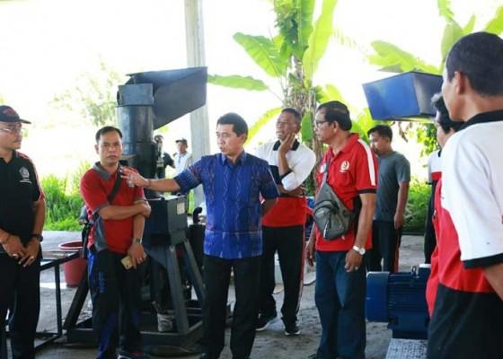 Nusabali.com - bupati-suwirta-berharap-toss-center-segera-beroperasi