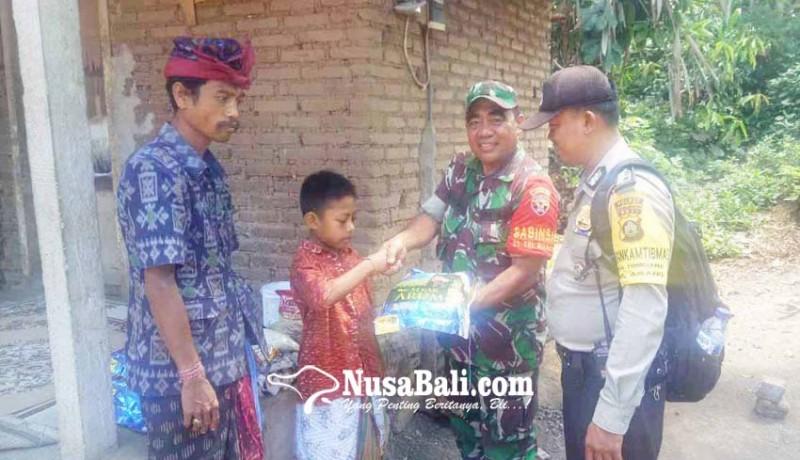 www.nusabali.com-anak-yatim-dibantu-sembako