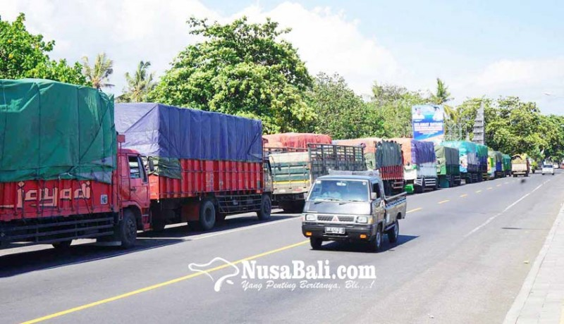 www.nusabali.com-dermaga-ii-diperbaiki-antrean-truk-hingga-bypass
