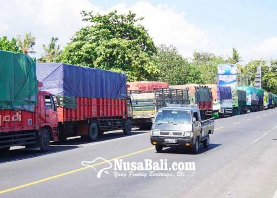 Nusabali.com - dermaga-ii-diperbaiki-antrean-truk-hingga-bypass