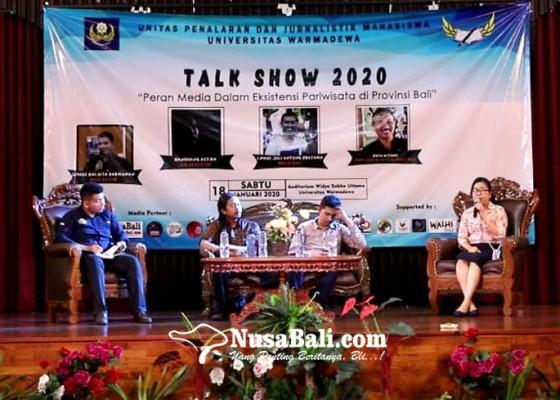 Nusabali.com - kritis-mahasiswa-warmadewa-bahas-pariwisata-bali