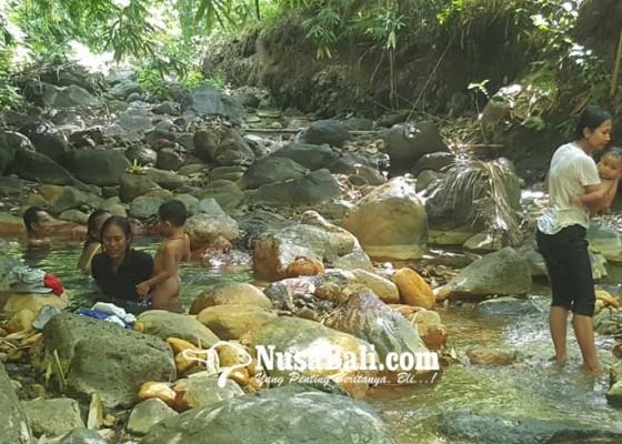 Nusabali.com - dipakai-tempat-untuk-malukat-hingga-sembuhkan-penyakit-kulit