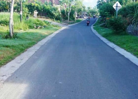 Nusabali.com - 9-tahun-kepemimpinan-abang-720-km-jalan-diperbaiki