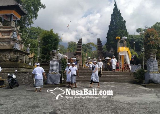 Nusabali.com - melasti-karya-pangurip-gumi-tempuh-waktu-4-hari-3-malam