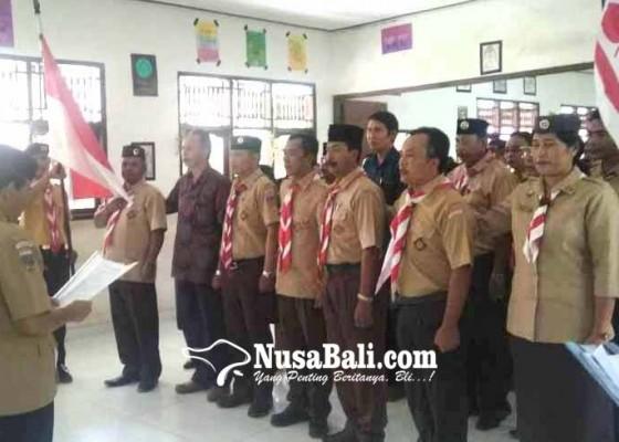 Nusabali.com - pengawas-sd-pimpin-kwaran-pramuka-rendang
