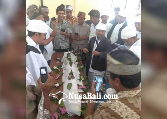 Nusabali.com - pgsdt-gelar-pelatihan-nyiramang-layon
