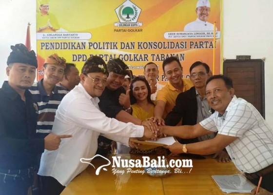 Nusabali.com - ngurah-panji-ambil-formulir-cabup-di-golkar-tabanan