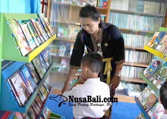 Nusabali.com - sdn-1-selumbung-punya-perpustakaan-ramah-anak