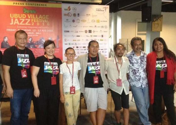 Nusabali.com - peter-bernstein-semarakkan-ubud-village-jazz-festival