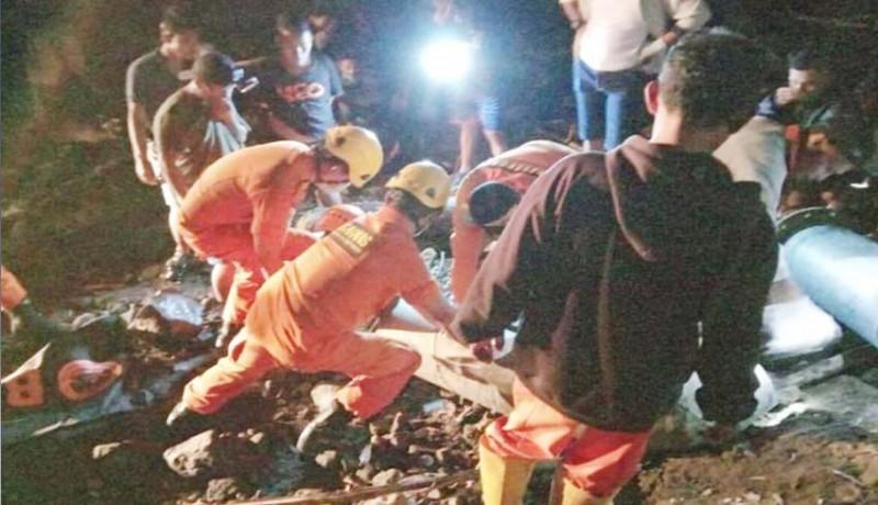 www.nusabali.com-remaja-ditemukan-tewas-dalam-pipa-waduk