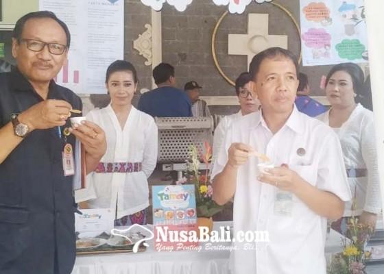 Nusabali.com - tim-gizi-brsud-tabanan-buat-menu-pasien-kemasan-kekinian