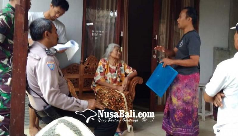 www.nusabali.com-nenek-70-tahun-pun-berhenti-ngungsi