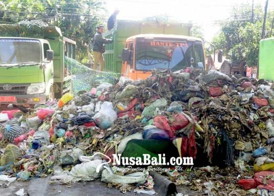 Nusabali.com - dewan-dorong-dlhk-gunakan-simulator-urai-sampah