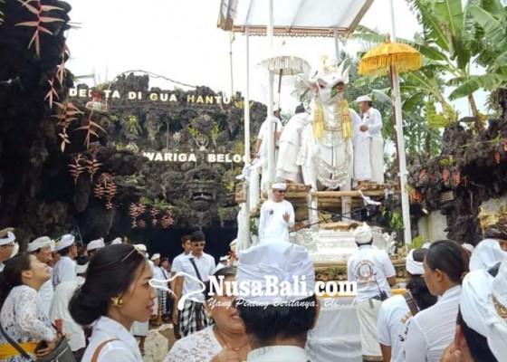 Nusabali.com - keluarga-agar-dalami-wariga-belog