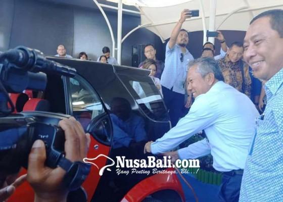 Nusabali.com - jbt-luncurkan-fasilitas-pengisian-arus-mobil-listrik