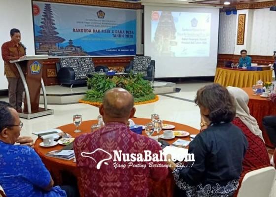 Nusabali.com - dana-desa-cegah-migrasi-ke-kota