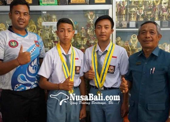 Nusabali.com - pelajar-amlapura-raih-dua-emas