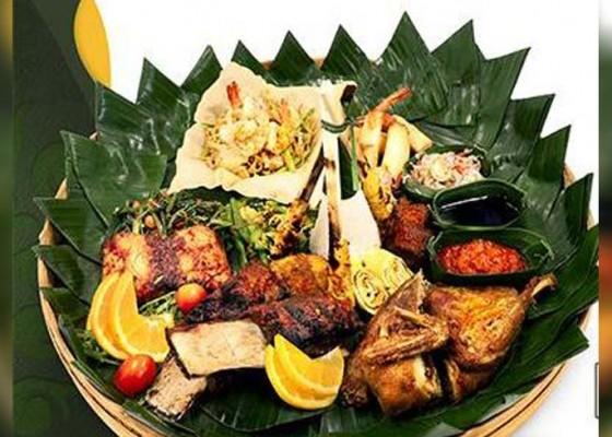 Nusabali.com - kenalkan-kulineri-bali-jendela-bali-gwk-bikin-paket-keluarga