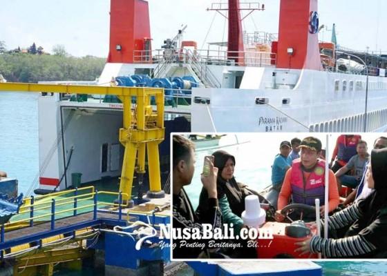 Nusabali.com - pertama-dioperasikan-kapal-langsung-kandas
