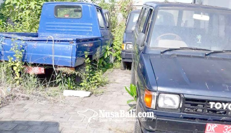 www.nusabali.com-tunggu-jadwal-lelang-kendaraan-dinas-mangkrak
