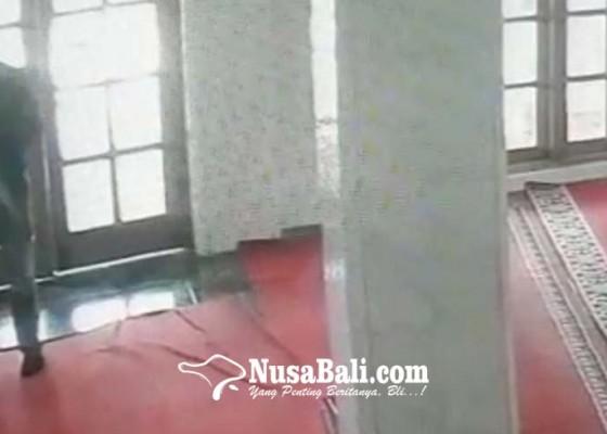 Nusabali.com - kotak-amal-masjid-al-mujahidin-dibobol-maling