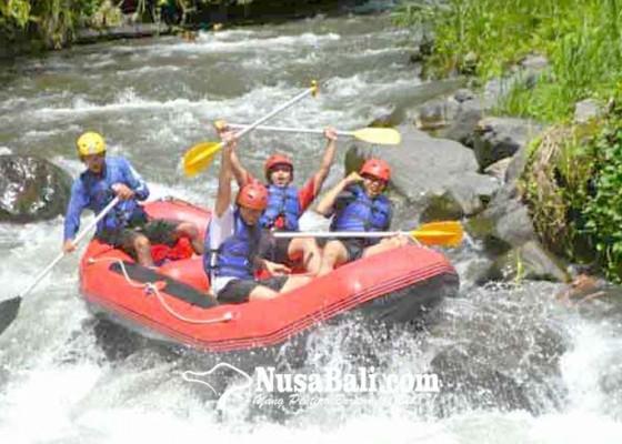 Nusabali.com - hujan-puluhan-wisatawan-batal-rafting