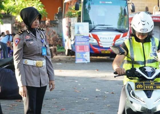 Nusabali.com - warga-yang-berolahraga-dimanjakan-sim-keliling