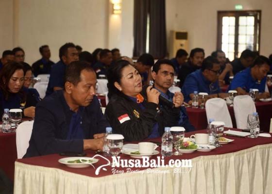 Nusabali.com - mas-sumatri-bertekad-menangkan-nasdem