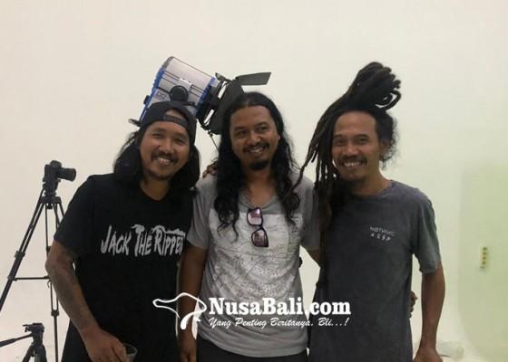 Nusabali.com - mengintip-proses-pembuatan-video-klip-hyena-dialog-dini-hari