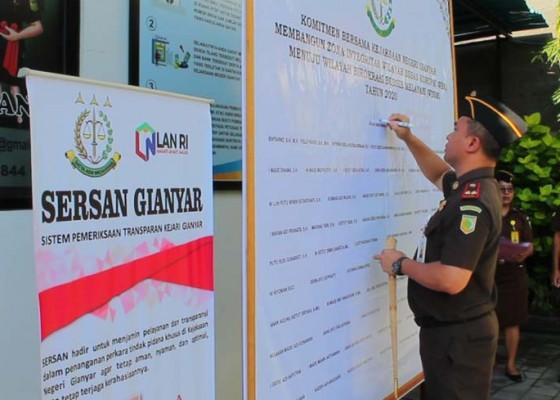 Nusabali.com - kejari-gianyar-luncurkan-sistem-pemeriksaan-transparan