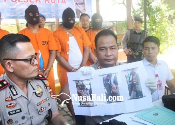 Nusabali.com - keempat-tersangka-merupakan-petugas-jagabaya