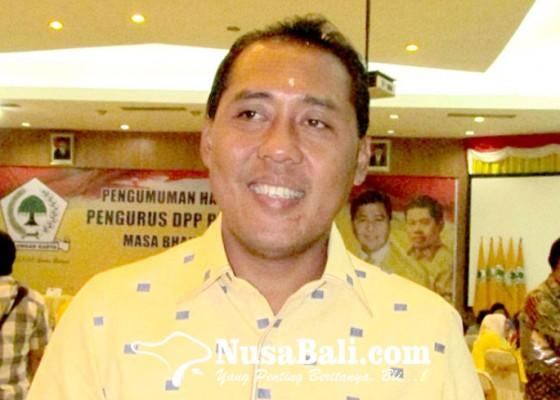 Nusabali.com - gus-adhi-dorong-senior-pimpin-golkar-bali