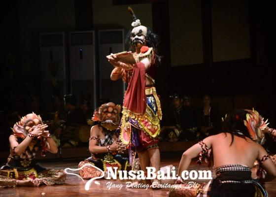 Nusabali.com - garapan-bima-swarga-smkn-3-sukawati-gambaran-kebaktian-pandawa