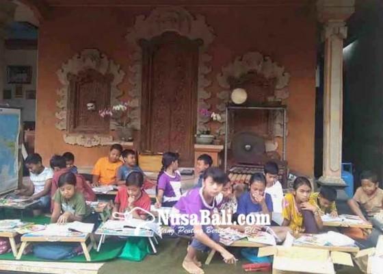 Nusabali.com - 85-siswa-dididik-dan-diberi-makan-gratis