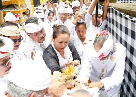 Nusabali.com - ribuan-umat-mengikuti-ritual-tawur-agung-di-pura-luhur-batukau