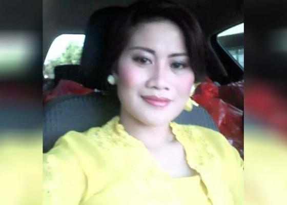Nusabali.com - kabur-bawa-dua-anaknya-cok-putri-di-del-dari-banjar