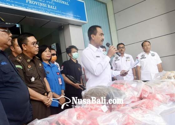 Nusabali.com - bnn-musnahkan-28-kg-ganja-kering