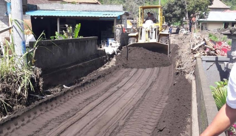 www.nusabali.com-akses-jalan-ulundanu-kembali-tertutup-lumpur