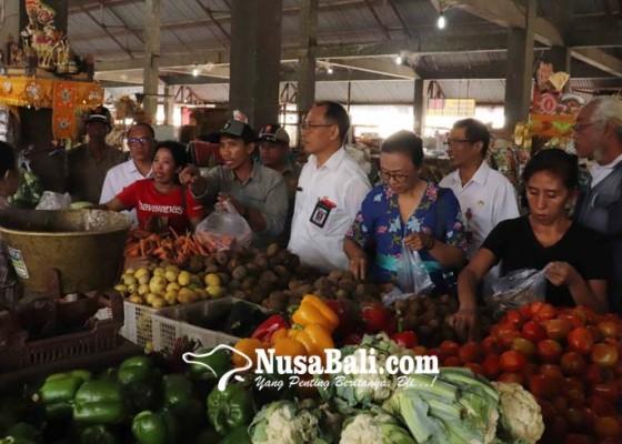 Nusabali.com - harga-bawang-putih-dan-cabai-di-buleleng-mulai-turun