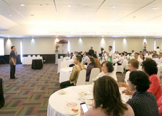 Nusabali.com - tanamkan-konsep-pesaje-bupati-suwirta-semangati-peserta-workshop