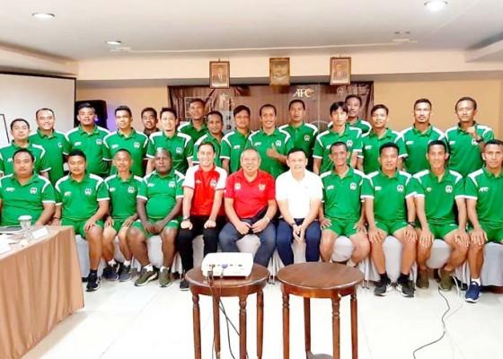 Nusabali.com - 24-pelatih-ikuti-kursus-lisensi-b-afc
